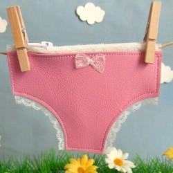 Porte monnaie petite culotte rose bonbon